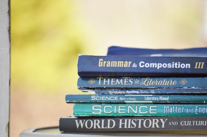 話す時に思うように言葉が出てこないー会話のために必要な文法トレーニングとは