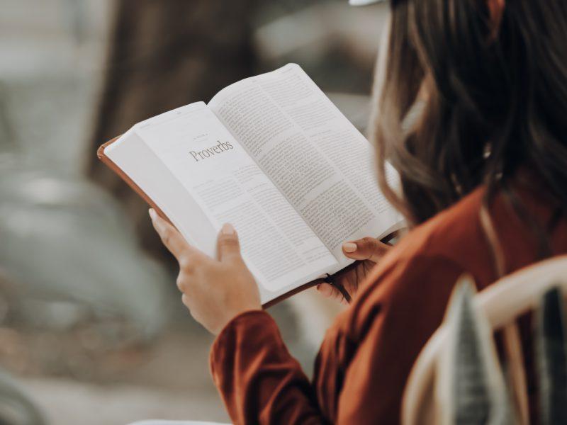 リーディングが苦手な方必見!適切な教材を選んで、読む力を身につけよう!