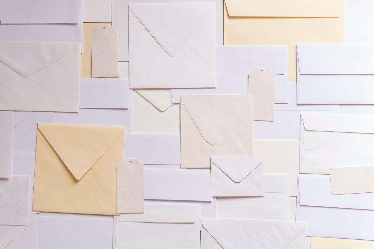ビジネスメールで用いるルールとフレーズ