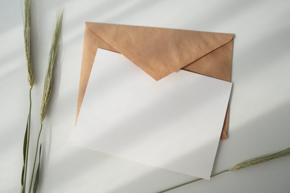 【ビジネス英語】失礼にならない催促メール?