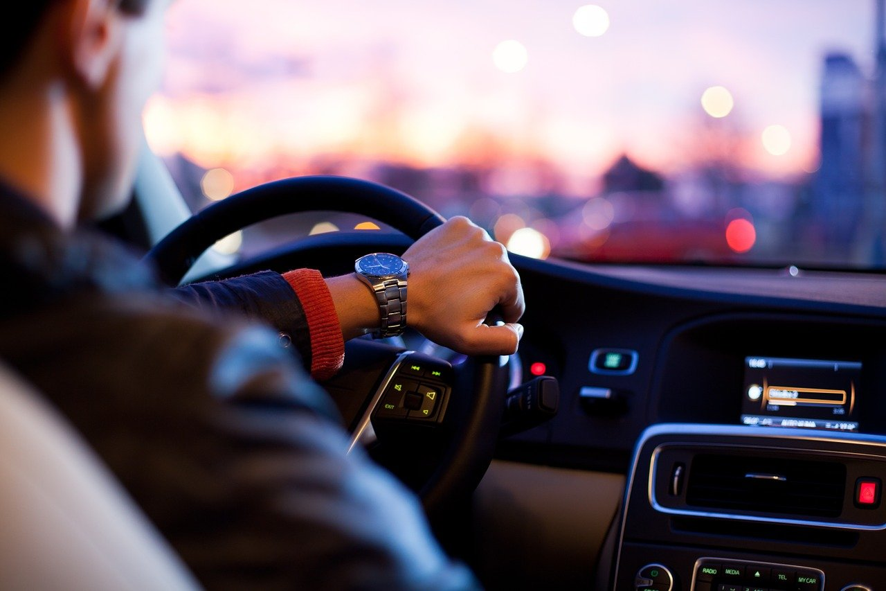車の運転に関する英語フレーズ Part.1